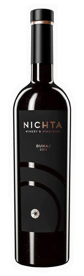 Ochutnajte limitovanú edíciu vína Dunaj z vinárstva NICHTA. #nichta #dunaj #wine #vino #wineexpert #wineexpertsk #wineexperteu #winelovers #package #slovakia #design