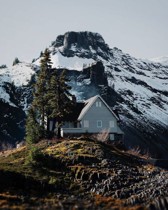 house on a mountain // who wouldn't want to live here