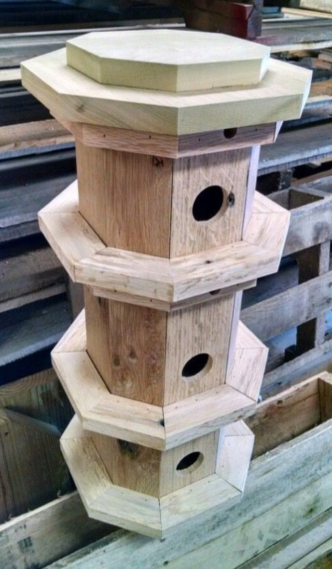 I love this.  I can see using wood scraps or pallets.