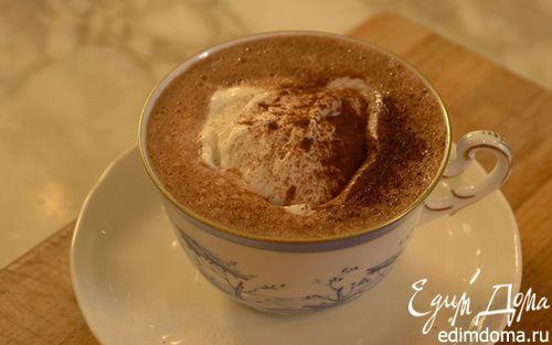 Горячий шоколад со взбитыми сливками  | Кулинарные рецепты от «Едим дома!»