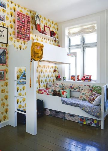 Family of 4 lives in 80sq meter apartment. Nicely done & a great example of living well in a downsized space...cute kids space