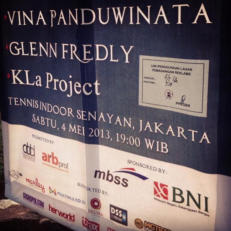 Outdoor Area di Konser cinta Musik Indonesia,Tenis Indoor Senayan, 4 Mei 2013