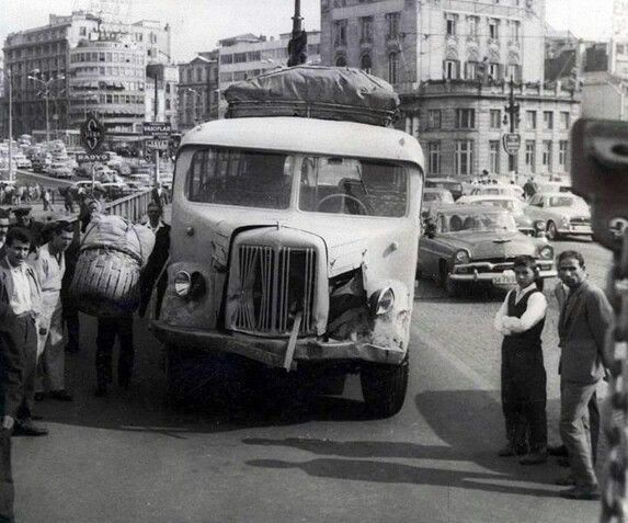 Old istanbul buses