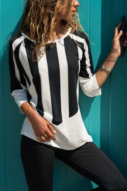 Kadın Siyah-Beyaz Kayık Yaka Bloklu Bluz