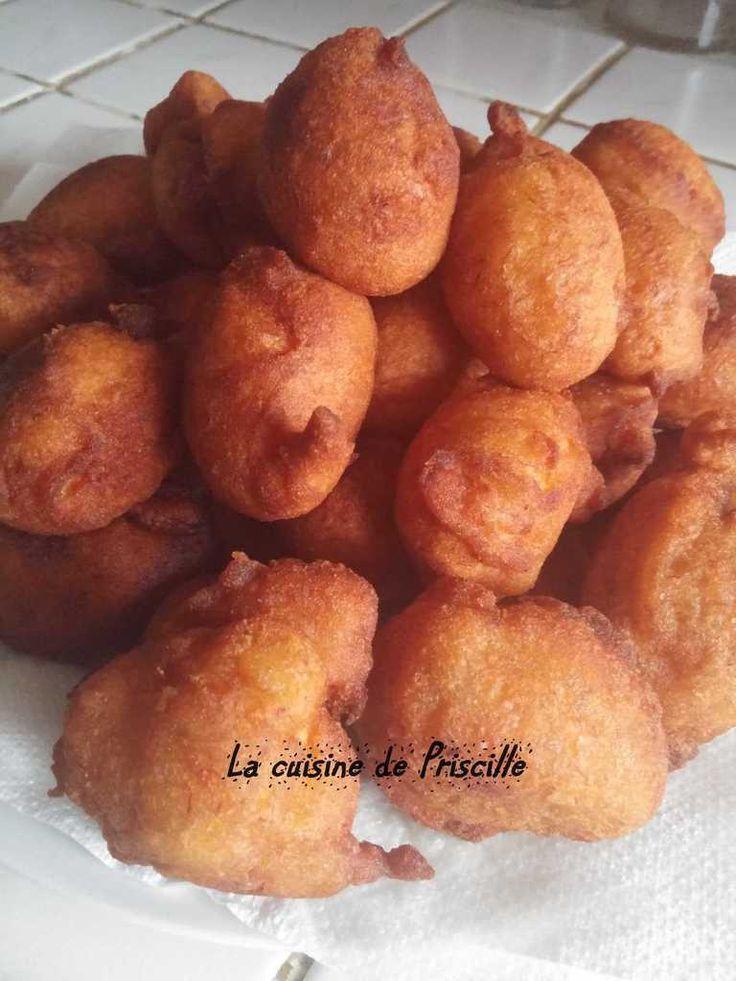 """C'est une recette qui se fait beaucoup à la Réunion...... on appel ça des """"bonbons banane"""" Beignet Ingrédients : 4 bananes bien mure, 120 g de sucre, 200 g de farine, 1 sachet de levure, 1 oeuf, 2 pc de sel, 2 cuillère à soupe de rhum. Commencer par préparer..."""