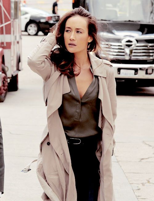 Love Maggie q's chic and sophisticated style, especially in Stalker.