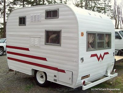"Vintage Travel Trailers: New Exterior Paint on the Vintage ""Mini Winnie"" Winniebago Travel Trailer"