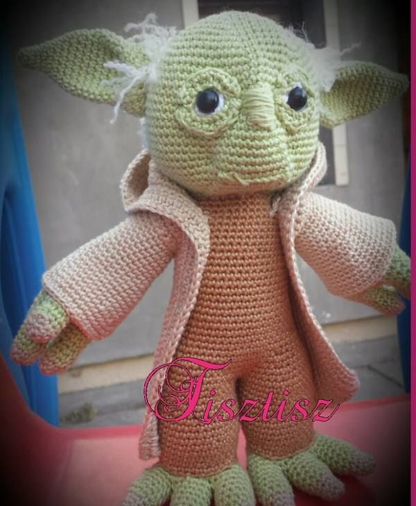 Jedi Master Yoda Amigurumi Pattern : 17 Best ideas about Meister Yoda on Pinterest Jedi ...