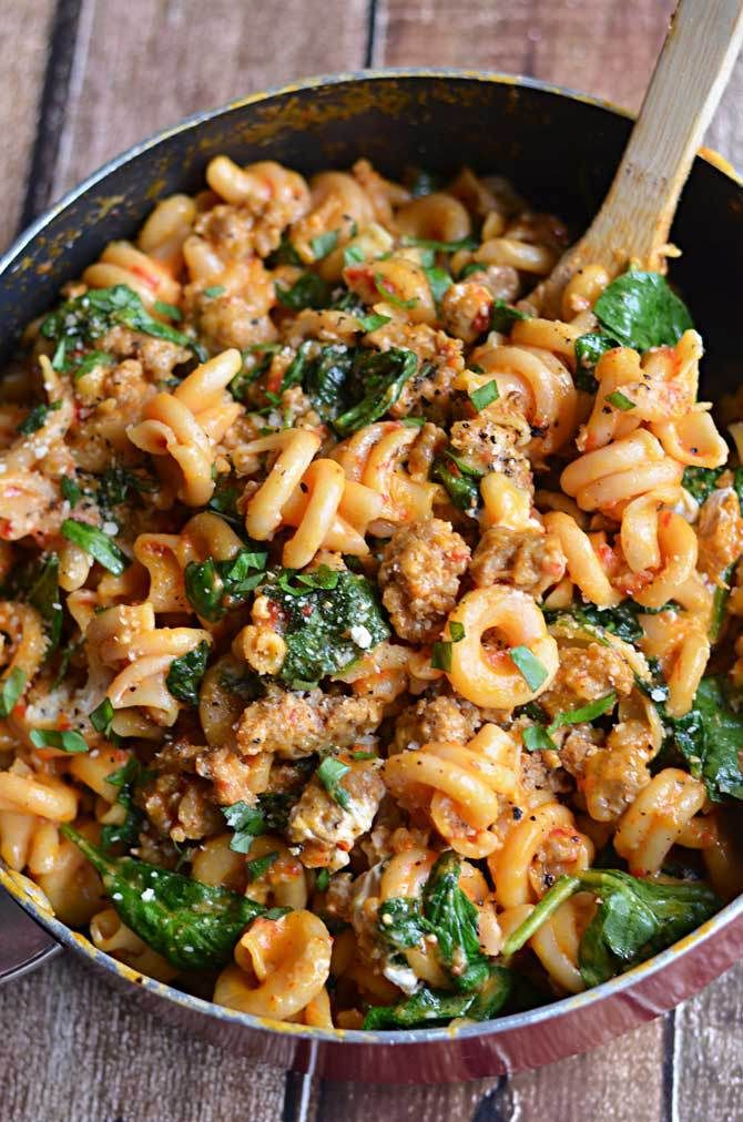 Roasted red peppers, Italian sausage, spinach, garlic, and goat cheese ...