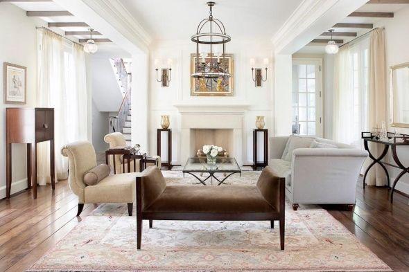 Симметричный баланс в дизайне гостиной