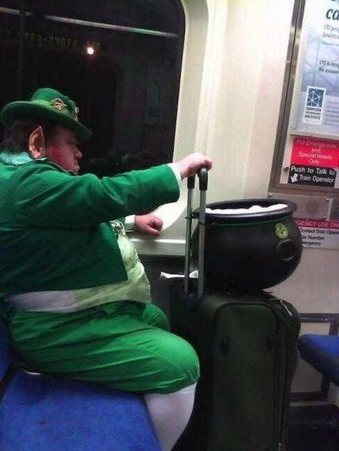 St Patricks DayPublic Transportation, Charms, Happy Day, Saint Patricks Day, Funny Pictures, Parties, Rainbows, St Patricks Day, Pots Of Gold