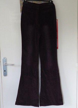 À vendre sur #vintedfrance ! http://www.vinted.fr/mode-femmes/autres-pantalons/50531076-pantalon-en-velours-cotele