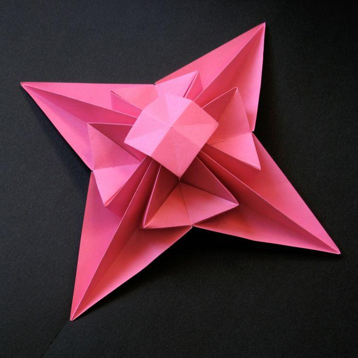 3D Star. Origami from one square of copy paper, 21 x 21 cm. Designed and folded by Francesco Guarnieri, September 2011. http://guarnieri-origami.blogspot.it/2013/01/vaso-con-petali.html