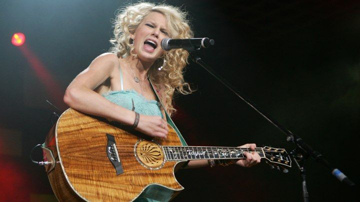 Taylor Swift's 10 countriest songs.