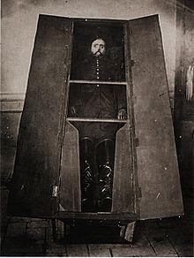 Cuerpo embalsamado de Maximiliano.