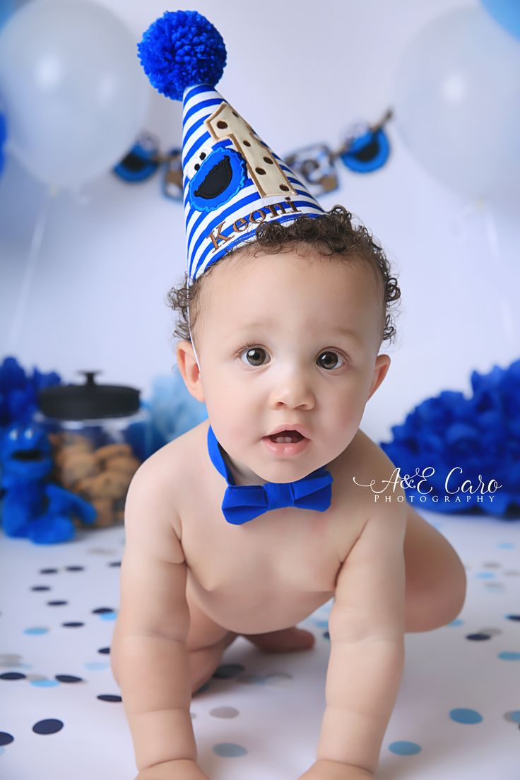 Cookie Monster Smash cake session  #aecarophotography #smashcakesessions #babyfirstyear #columbusgaphotographer #babyphotographer