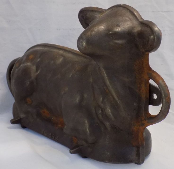 Griswold Vintage Cast Iron Baking Mold Lamb Cake Easter
