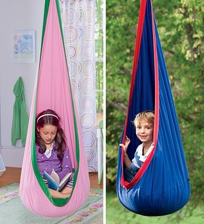 Hanging pod seat!!Ideas, Huggle Pods, For Kids, Kids Room, Reading Corner, Quiet Places, Indoor Outdoor Canvas, Hanging Chairs, Canvas Hanging