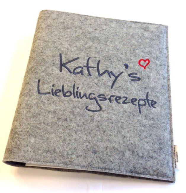 Kochbücher - Rezeptordner aus Filz mit eigenem Wunschtext vorne - ein Designerstück von magicneedles bei DaWanda