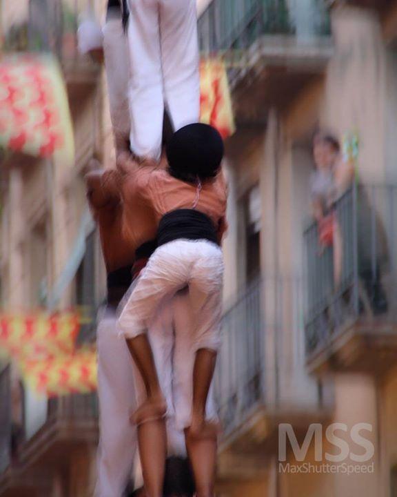 Castels. Tarragona  #spain #espana #spagna #tarragonacultura #tarragona #castells #view #tradictional #mss #castellers #view #culture #tradiction #ig_europe #travel http://ift.tt/2cOmuTb