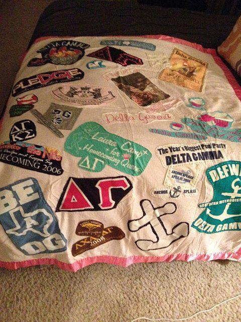 Sorority t shirts sewn onto a blanket!T Shirts Blankets, Gamma T Shirts, Sorority T Shirts, Dg T Shirts, T Shirts Quilt, T Shirts Sewn, Dg Shirts