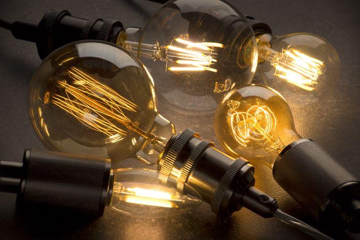 Los focos de filamento no son los más ahorrativos, pero siguen siendo una excelente opción en luz cálida.