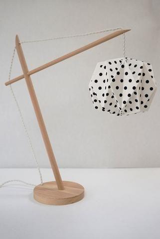 Lampe Origami à pois noir par CCfaitdessiennes-lecent9