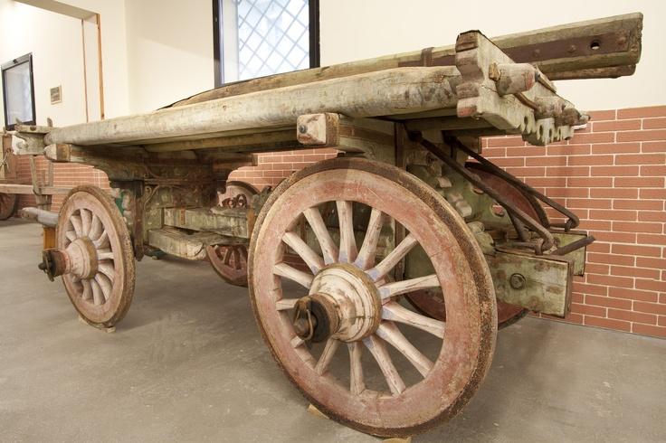 Carro romagnolo proveniente da Fusignano, provincia di Ravenna.