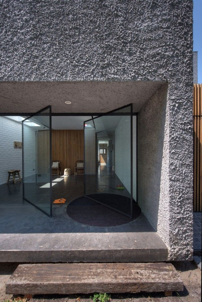 The new old house featuring Melbourne laneway art culture | Designhunter - architecture & design blog