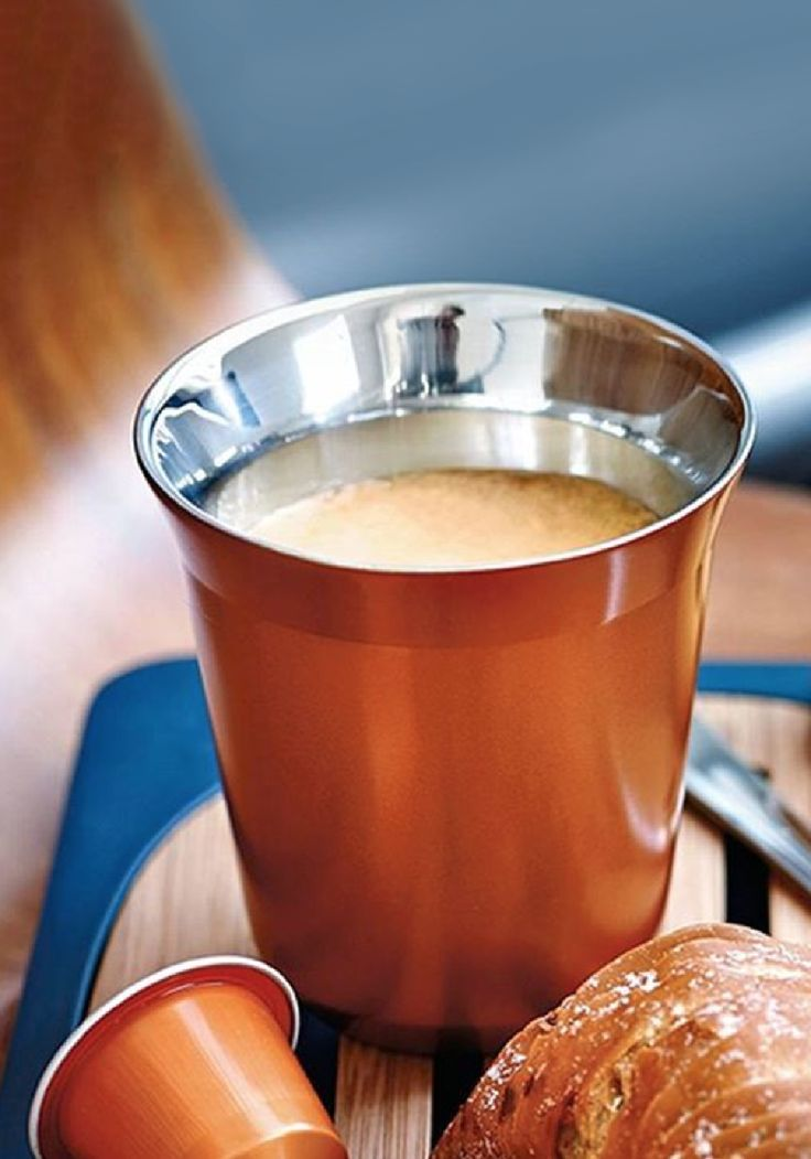 No coffee-lover's collection is complete without a set of the double-walled Pixie Lungo cups. These stainless steel cups are painted a rich copper color that matches the shade of Envivo Lungo Grand Cru. Your morning cup of coffee will stay warm longer thanks to the insulation of the double walls. Get yours today to elevate your daily Nespresso moment.