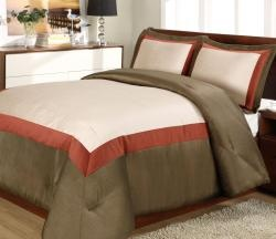@Overstock.com - This luxurious Hotel Rust duvet cover set features shades of cream, maroon, and brown that provide a very lavish look to dress up your bedroom decor. This set includes a duvet cover and coordinated pillow shams.http://www.overstock.com/Bedding-Bath/Hotel-Rust-3-piece-Duvet-Cover-Set/5773530/product.html?CID=214117 $34.99