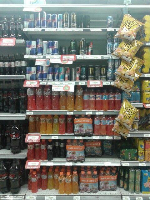 Cuando consumismos bebidas energéticas, su elevado nivel de cafeína, azúcares y otras sustancias provoca que el cuerpo intente metabolizarlas todas a la vez. Este proceso de metabolismo libera gran cantidad de hormonas del estrés que, a largo plazo, puede dar lugar a trastornos metabólicos u otras enfermedades.