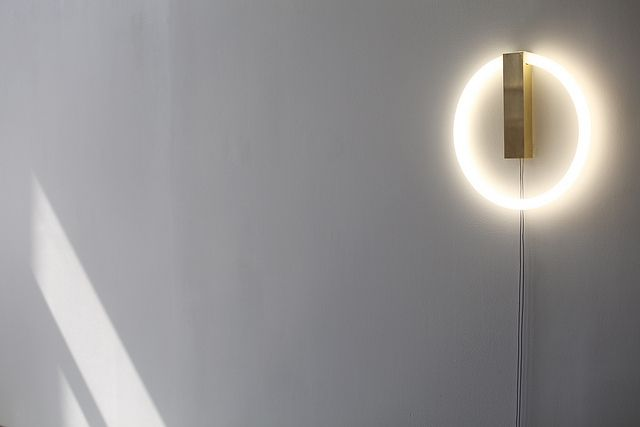 circle_light_suntriangle by taylor levy, via Flickr