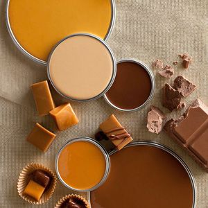Choc / Caramel color story includes the following paint colors (from top to bottom): Olympic Lion's Mane B15-4, Sherwin-Williams Cachet Cream SW6365, Behr Melted Chocolate 250F-7, Valspar Caramel Toffee 3009-7, and True Value Mississippi River 06C6.