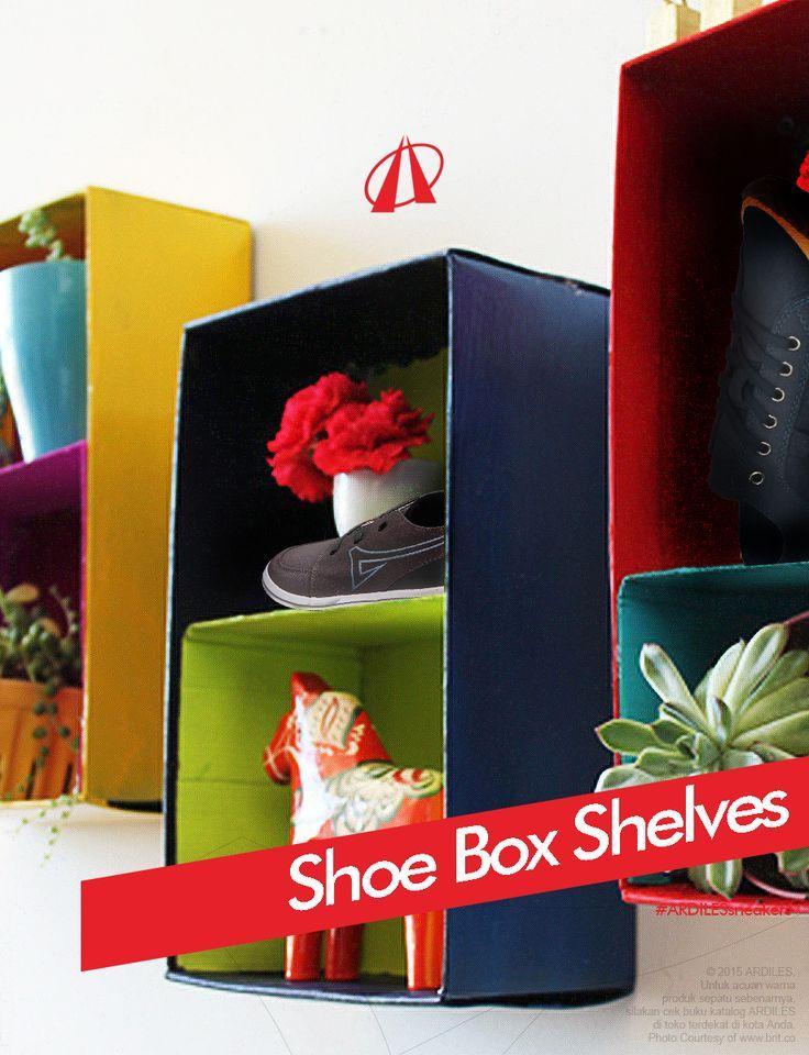 """Jangan lupa setelah bongkar-bongkar kotak sneakers, periksalah apakah sneakermu perlu diganti yang baru. Kalau """"ya"""" segera beli sneakers Ardiles di www.ardilesmetro.com. Selamat bersih-bersih!"""