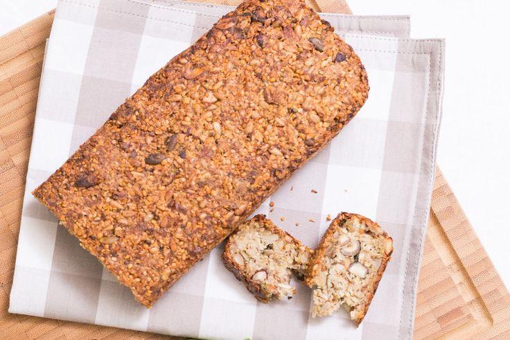 Vynikající, křupavý chleba, který chutná jak samotný, tak namazaný pomazánkou, medem nebo marmeládou.