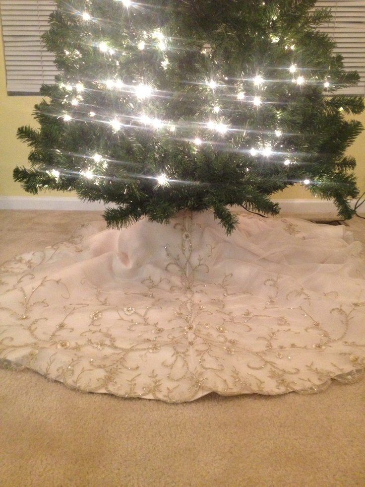 About christmas tree skirts on pinterest christmas tree skirts tree