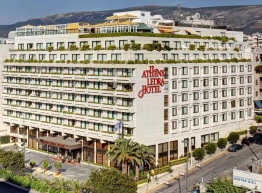 Η εταιρία ΑΣΤΥ Ξενοδοχειακές και Τουριστικές Επιχειρήσεις Α.Ε., ιδιοκτήτρια και διαχειρίστρια του ATHENS LEDRA HOTEL, ανακοινώνει την διακοπή της λειτουργίας του ξενοδοχείου από σήμερα 31 Μαΐου 2016 λόγω οικονομικών δυσχερειών. Θα υπάρξουν νέοτερες ανακοινώσεις ωσ προς το μέλλον του ξενοδοχείου εφόσον προκύψουν νέα στοιχεία. Related posts: ΕΞΘ: Εντείνονται οι προσπάθειες για την προσέλκυση περισσότερων Αυστριακών …