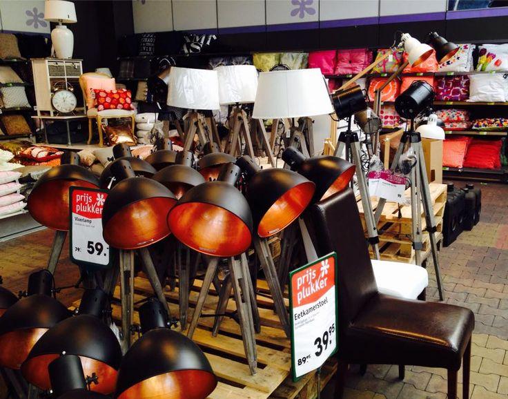 Fraaie lampen in onze kussens-corner