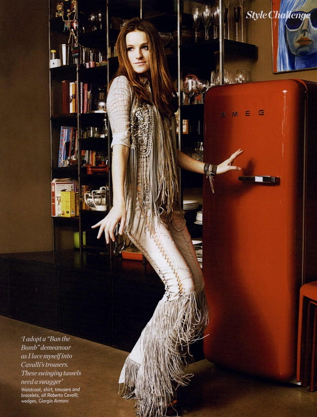 Aaron Dorn Marie Claire Uk Editorial 70s To The Maxi April 2011 Fashion Style Editorials