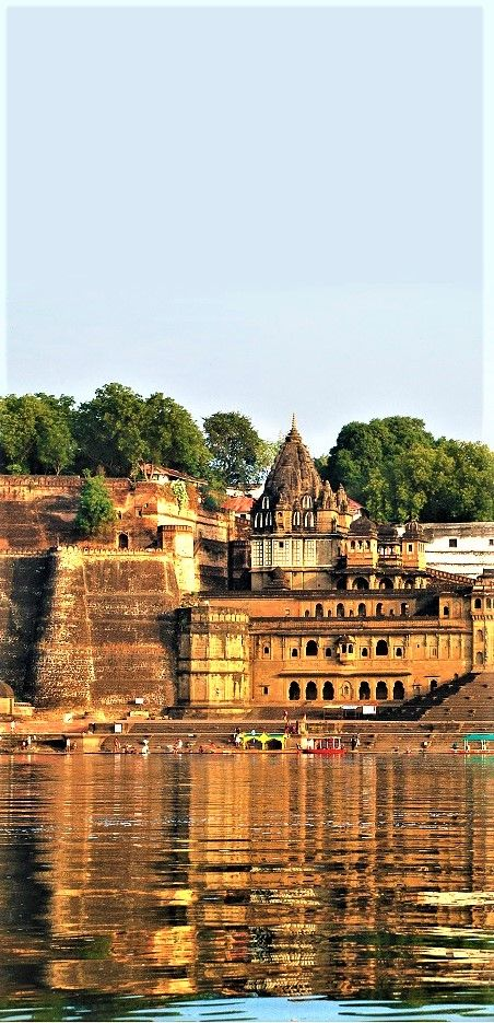 Live the holy experience at these top pilgrimage destinations in Madhya Pradesh.
