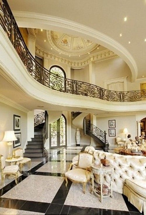 beyonce living room beyonce buys 5 9 million houston mansion for tina 10658