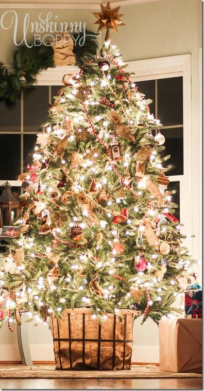 Christmas tree in a basket: Think outside the box when it comes to your tree!