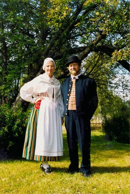 Karleby Karleby, Österbotten Kvinnodräkt Folkdräkter - Dräktbyrå - Brage