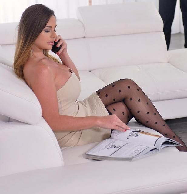 Discreetly buy a dildo online