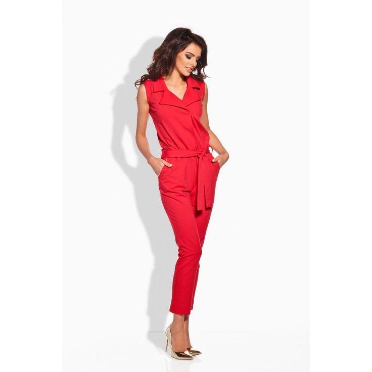 Salopeta rosie de dama cu pantaloni trei sferturi eleganta