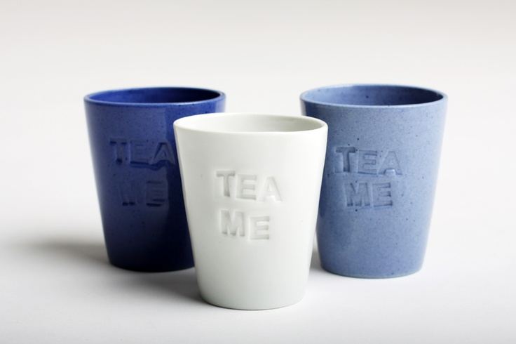 Hello morning cupsmade of pigmented porcelain, design by Tereza Severynova for najs.cz