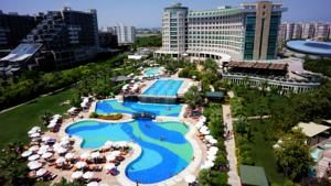 #Antalya - #AntalyaHotels - #AksuAntalya - Sherwood Breezes Resort - http://www.antalyahotels724.com/aksu-antalya/sherwood-breezes-resort - Hotel Information: 							 								Address: Kopak Cayı mevkii - Kundu, 07110 Kundu, Aksu Antalya        								This luxurious resort is situated on the seafront and it gives a personal sandy seashore with a dock. The property consists of outside swimming pools, water slides, sauna and a Turkish tub. Sherwood Breezes Resort has brilli