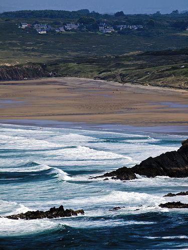 La plage de la Palue et le village de Lost Marc'h vue du Cap de la Chèvre, Bretagne