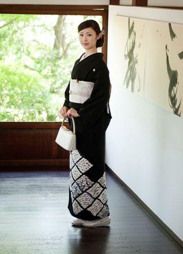 母親の正装黒留袖。両家顔合わせ・結納のときの和服・和装のアイデアまとめ一覧。                                                                                                                                                                                 Más